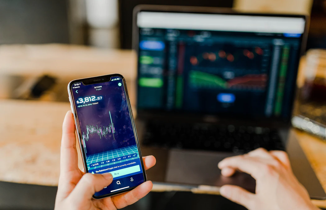 Day Trading: how to start working and earning from home today
